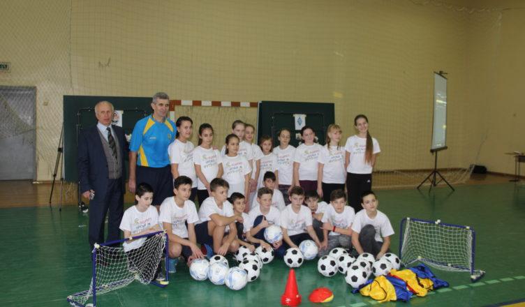 У Новоград-Волинському колегіумі відбувся інноваційний урок футболу! (ФОТО), фото-1